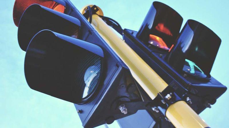 На перекрестке Ленина – Жарова водитель сбил велосипедиста и скрылся