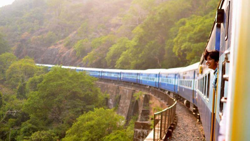 Северная железная дорога в летнем сезоне пустит дополнительные поезда на Анапу