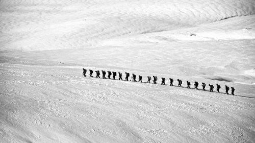 В Юрьевце рыбаки провалились под лед, есть погибший