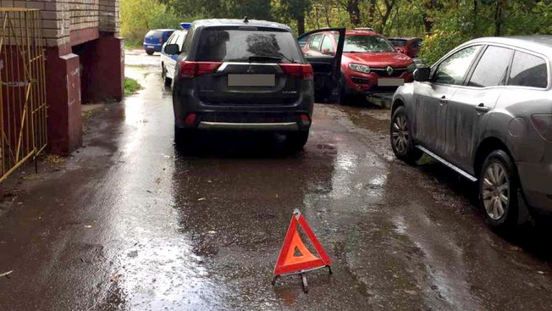 На улице Кузнецова водитель «Мицубиси» сбил пьяного пешехода