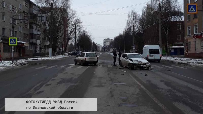 Три человека пострадали в ДТП на Суворова из-за 70-летнего водителя