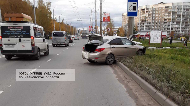 В субботней аварии на Кохомском шоссе пострадали два человека