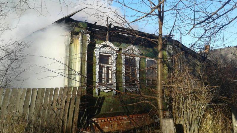 Пожар в Юже: в горевшем доме пострадал человек