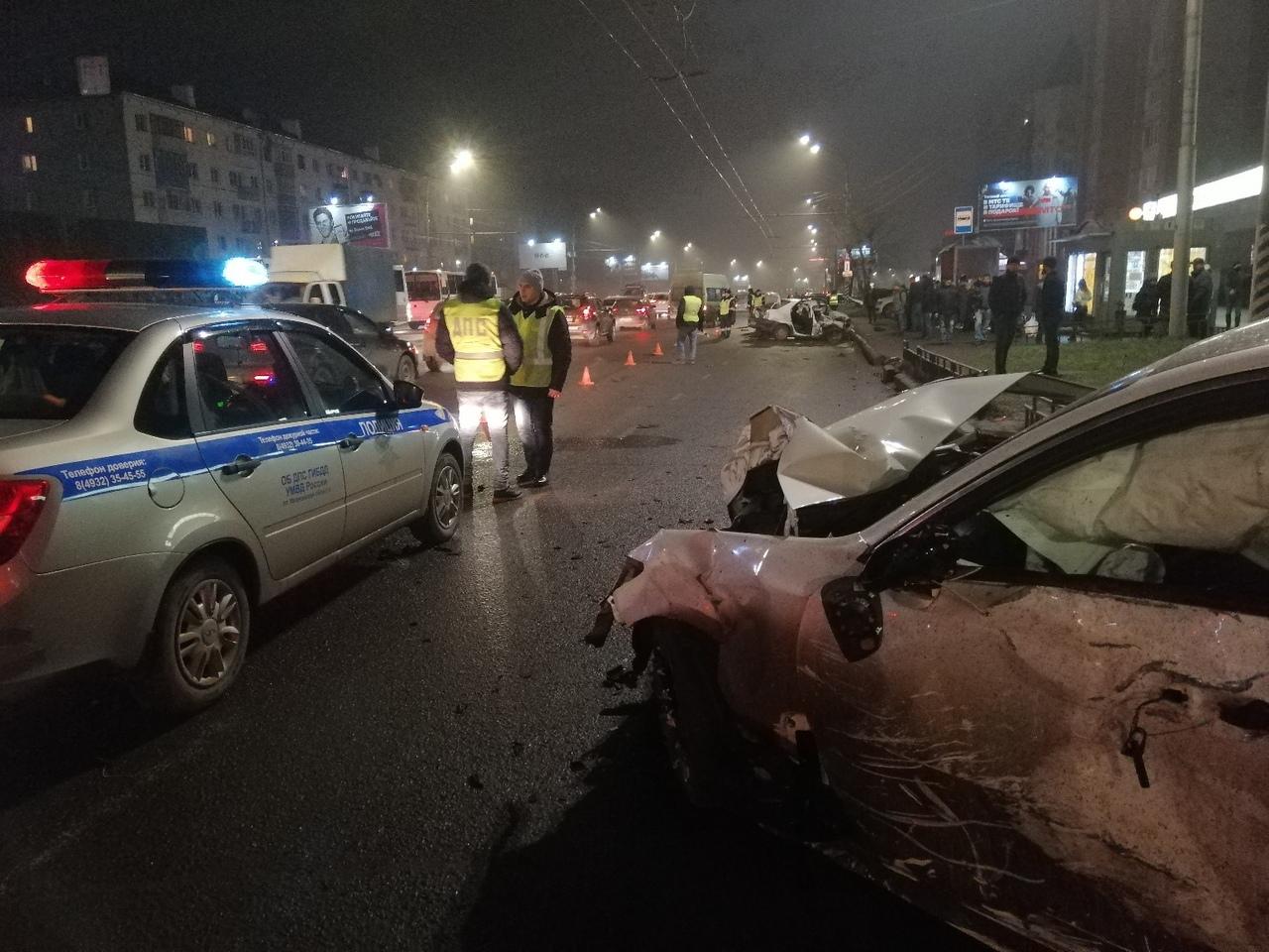Авария на Лежневской: один человек погиб,пешеход в реанимации